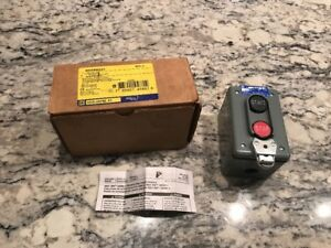 New In Box Square D Push Button Control Station Stop Start 9001bw241 Free Ship