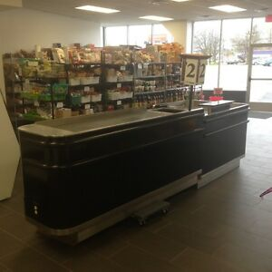Edwards Manufacturing Ergo Motorized Checkout Counter And Bagging Station