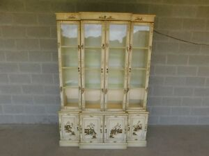 Union National Chinoiserie Decorated Lighted China Cabinet 52 75 W