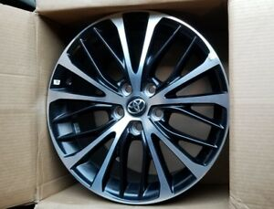 18 Toyota Camry 2018 Oe Alloy Wheels 1 18x8 5x114 3 Machine Black Oem Rims
