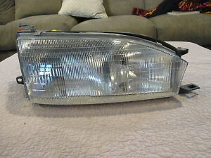 1992 1993 1994 Toyota Camry Passenger Right Side Oem Halogen Headlight