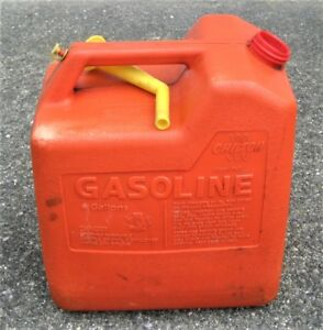 Vintage Chilton 6 Gallon P60 Vented Gas Can With Spout