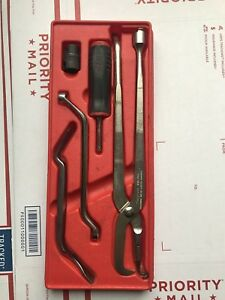 Snap On Brake Tools Service Set 5 Piece Soft Grip Bleeder Wrench Tray