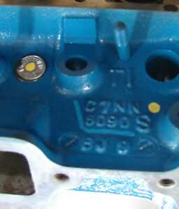 C7nn6090s Ford 3 Cylinder Diesel Cylinder Head Square Intake Ports