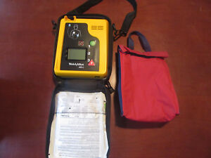 V35 Welchallyn Aed10 Difibulator W Pads Case