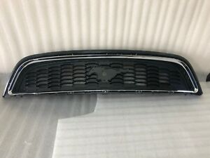 2013 2014 Ford Mustang Oem Grille Assembly Full Three Pieces