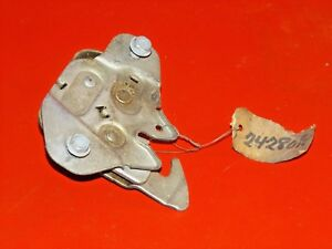Nos Mopar 1963 Plymouth Dodge 330 440 Polara Valiant Max Wedge Hood Lock 2428070