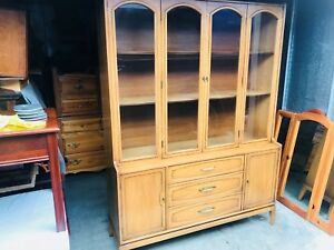 Beautiful Vintage Mid Century Modern Solid Walnut China Cabinet L K