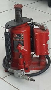 20 Ton Standard Height Air hydraulic Bottle Jack Big Red