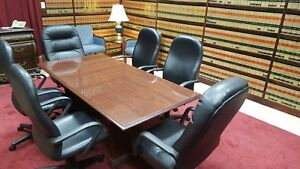 Traditional Conference Table With 6 High Back Leather Chaitrs