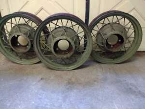 Antique Or Classic Car 17 Wire Spoke Wheels Set Of 3