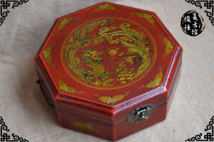 China Old Antique Wooden Leather Octagon Dragon Phoenix Jewelry Box