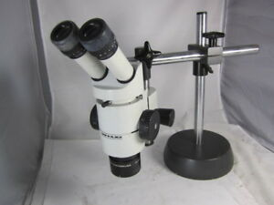 Wild M8 Stereo Zoom Microscope 10x Eye Pieces On Wild Boom Stand