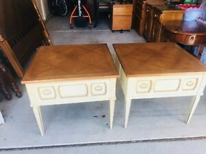 Beautiful Vintage Pair Of American Of Martinsville Nightstands End Table L K