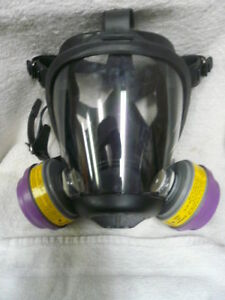 Honeywell Sperian 762000 Survivair Opti fit Full Silicone Face Respirator Mask M