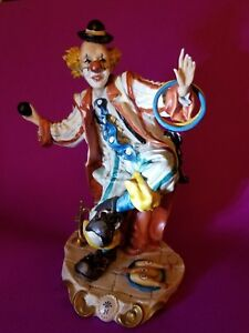 Capodimonte Porcelain Clown Juggler With Circles