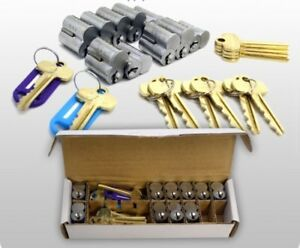 Nib Sfic Interchangeable Core Master Keyed System W 20 Cores And Extra Keys
