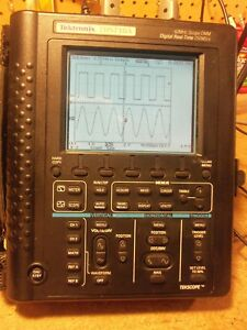 Tektronix Ths710a 2 channel 60mhz 250ms s Digital Oscilloscope With Probes