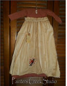 Primitive Wall Decor Dress Red Check W Apron Winter Crow Scarf Cupboard Grungy