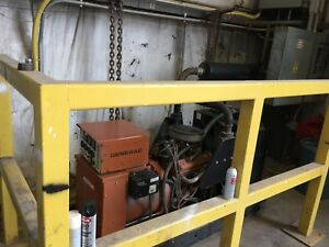 Generac 91a03316 s 3 phase 480 Volt Natural Gas Generator Only 27 Hours