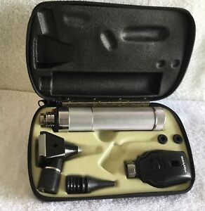 Welch Allyn Diagnostic Set Ophthalmoscope 11710 Otoscope 25200