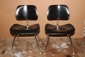 Vintage 1960 S Pair Of Charles Eames Herman Miller Dcm Plywood Chair Mid Century