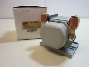 Power Relay 4 Pin Spst No dim 12vdc No Double Make New