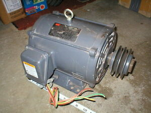 Dayton Industrial Motor 2n982g 3 Phase 208 230 460 Volt 1750 Rpm With Pulley