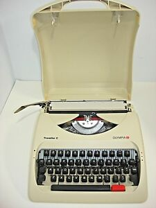 Olympia Traveller C Compact Size Manual Typewriter