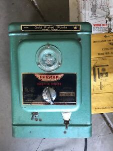 Remote Vintage Parmak Electric Fence Standard Field Model Preowned 6v Batt