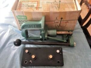 RCBS ROCK CHUCKER RELOADING PRESS W MOUNTING PLATE Boxed. VGC!