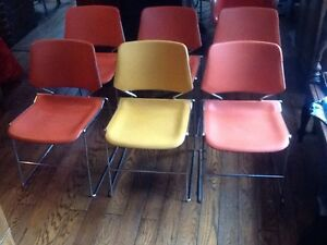 Lot Of 6 Vintage Krueger Matrix Stacking Chairs Chrome Plastic Very Good
