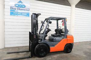 2014 Toyota 8fgu30 6 000 Pneumatic Tire Forklift Lp Gas 3 Stage S s
