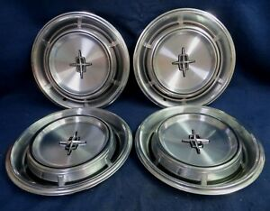 Lincoln Town Car 1970 1973 15 6 Slot Machined Metal Wheel Cover Set Of 4