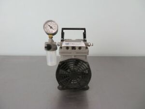 Welch Vacuum Pump Model 2522b 01 With Warranty See Video