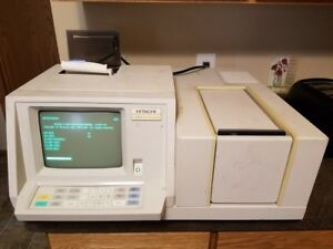 Hitachi U 2000 Spectrophotometer