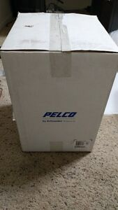 Pelco Is50 dwsv8f Outdoor High Res Flush Mount Day night Wdr Dome Camera nib