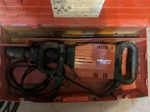 Hilti Te 905 avr Demolition Jack Hammer Breaker 120v W carrying Case
