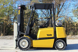 2004 Yale Glp050 5000lb Capacity Pnuematic Tire Forklift Hi Lo Lift Truck Yale