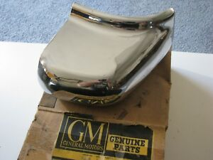 1 Rare New Nos Genuine Gm 1949 1950 Oldsmobile Chrome Rear Bumper Guard 419844