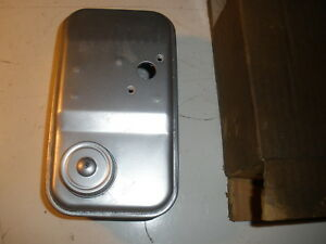Vintage Nos Briggs Stratton Gas Engine Fuel Tank 293630