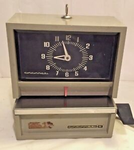 Vintage Cincinnati Time Card Recorder Machine With Key Restore Or Repair