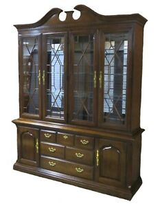 Thomasville Two Piece Lighted China Cabinet W Mirrored Back