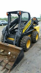 2014 New Holland L225 Skid Steer Loader Bob Cat Rubber Tire Loader Tractor