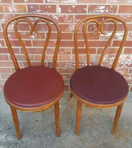 Shelby Williams Thonet Style Bentwood Cafe Chairs 2 Burgundy Red Vinyl Seats