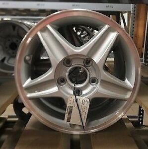 Honda Accord 2001 2002 Wheel 6 Cylinder 5 Lug 15x6 1 2 Alloy 5 Spoke Lug Cover