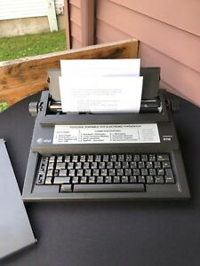 Beautiful Working Electric Typewriter At t 6110 Surespell I12 Carriage