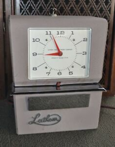 Vintage Lathem Time Recorder Model 4071 Time Clock Working With Key