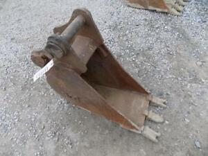 Werk Brau 12 Excavator Bucket W teeth Fits Certain Gehl Excavators