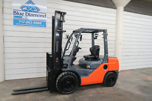 2013 Toyota Forklift 8fdu30 6 000 Pneumatic Diesel Two Stage Sideshift